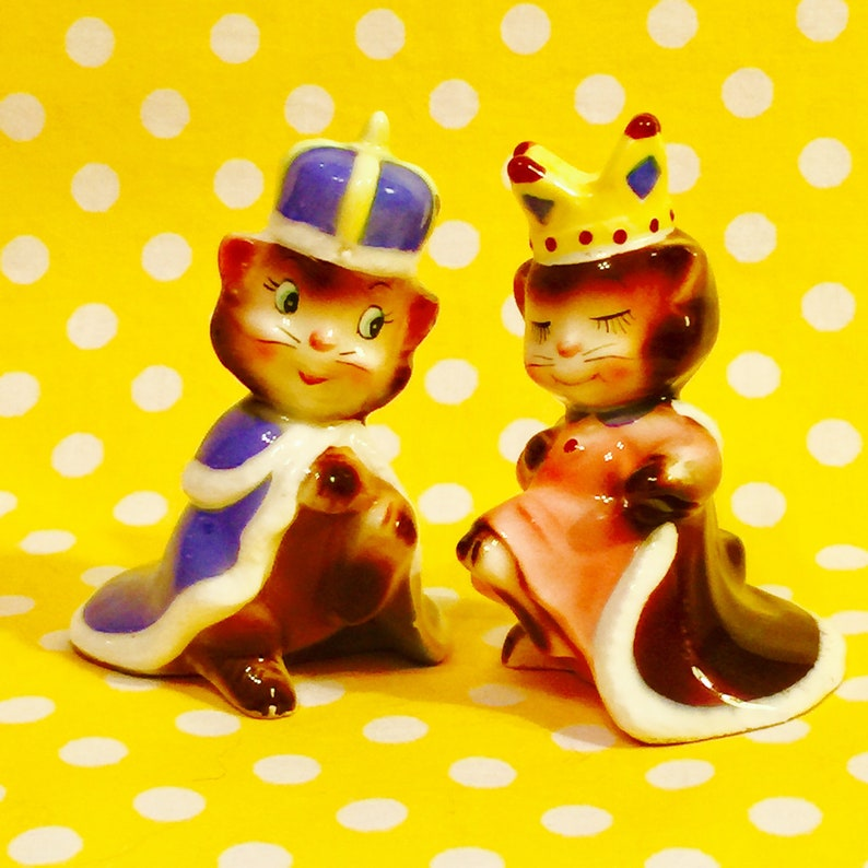 Miyao Anthropomorphic King and Queen Royal Kittens in Crowns image 0