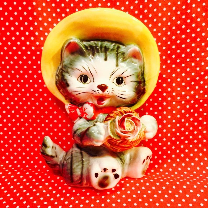 Lefton Anthropomorphic Kitten in a Bonnet Wall Pocket Planter image 0