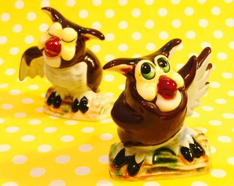 Norcrest Anthropomorphic Hoot Owls Salt and Pepper Shakers made in Japan circa 1950s
