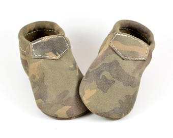 Baby Moccasins Fringeless Green Camo Loafers Soft Soled Genuine Leather Toddler Newborn Girl Boy Handmade Gift Prewalker Slippers Shoes