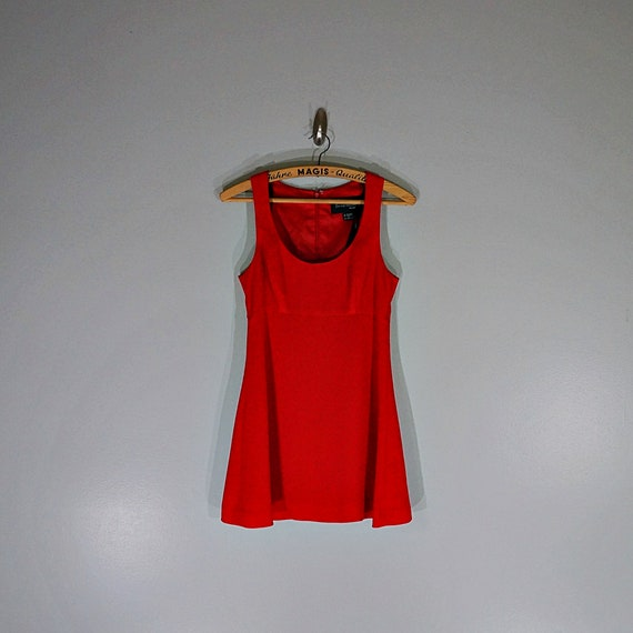 Vintage 90's tomato red mini baby doll dress // Si