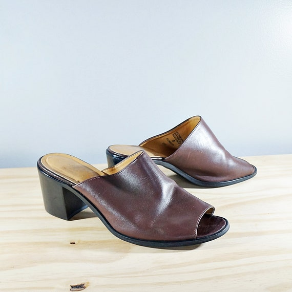 Vintage 80's brown leather block heel mules // Si… - image 3