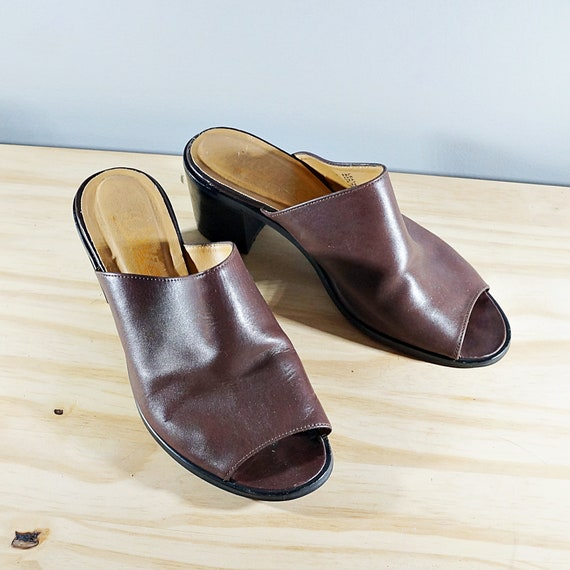Vintage 80's brown leather block heel mules // Si… - image 2