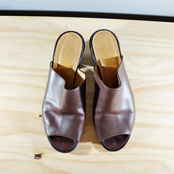 Vintage 80's brown leather block heel mules // Si… - image 4