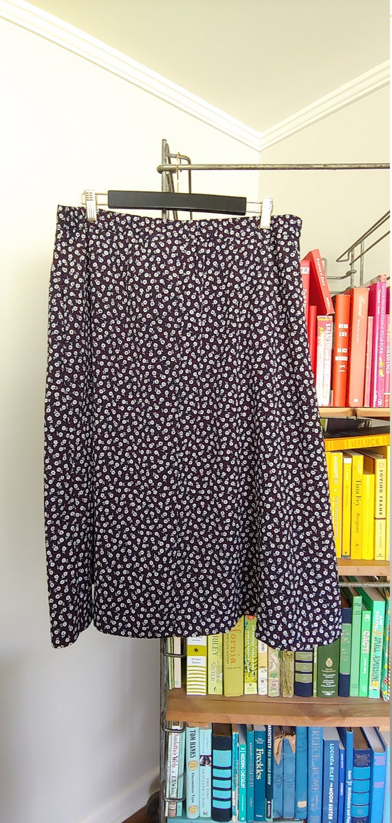 Vintage Navy and white button front A-line skirt - image 2