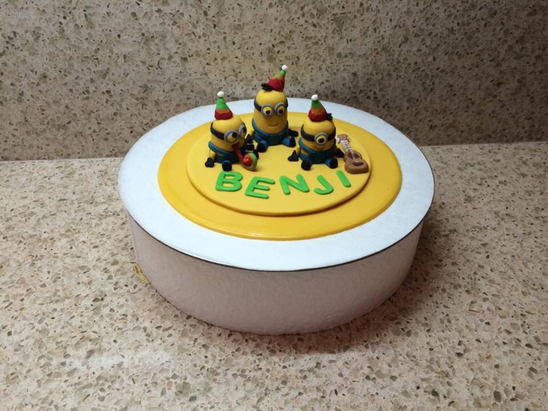 Edible Minion Birthday Cake Topper | Etsy