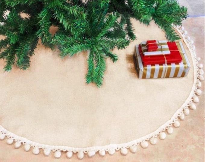 Pom Pom Tree skirt, Christmas tree skirt, tree skirt, burlap Christmas tree skirt, burlap tree skirt, Christmas decor, tree skirt, burlap
