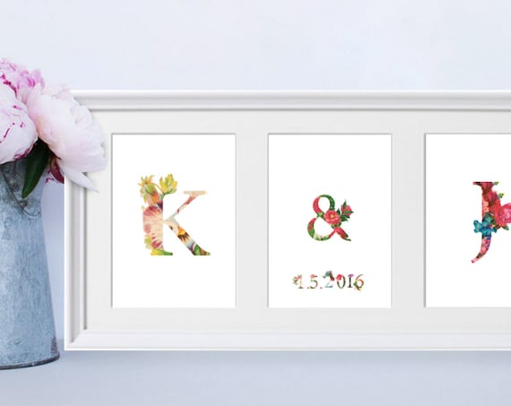 Personalised framed Engagement / Wedding / Anniversary Gift / couple initials / Date / Letter / Personalized Flower Illustration for couples
