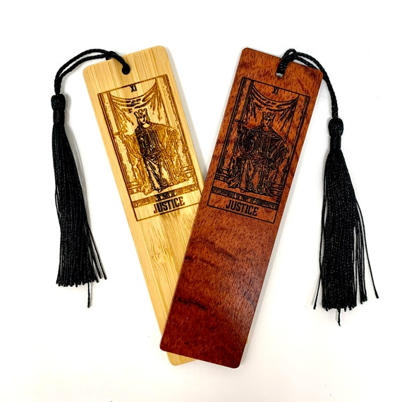 Wood Bookmark - Tarot 11 - Justice - Bookmarks Bamboo or Rosewood, Engraved Real Wood Gift for Students or Friend