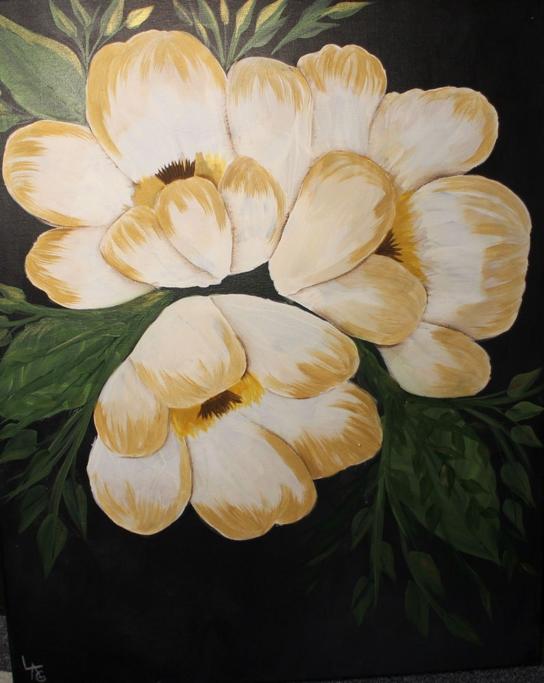 White Floral With Foilage Large Canvas Wall Art image 0