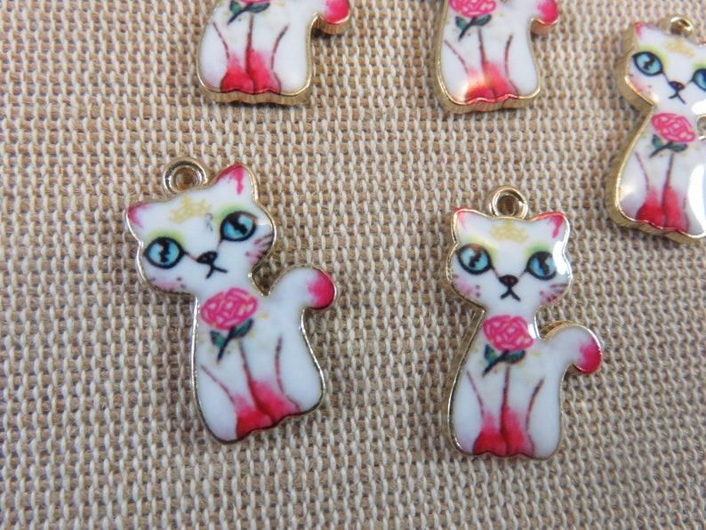 5 Enamelled gold metal cat charms set of 5 23mm animal pendants