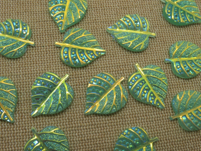 10 Cabochons green sheet resin 20x16mm  set of 10 image 0
