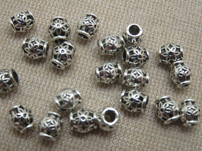 10 Barrel pearls engraved metal flowers your silver your 6x5mm image 0
