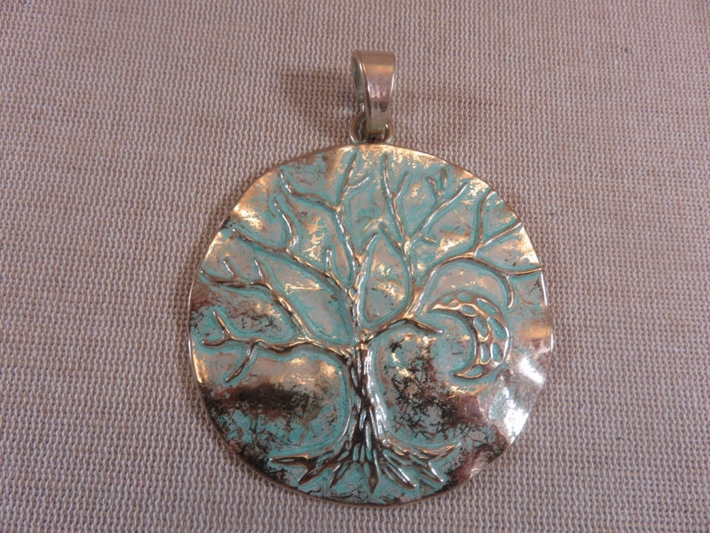 Large pendant tree of life metal color gold patinated with image 0