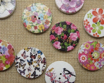 10 Flower Wood Buttons 20mm multicolored print - set of 10 sewing buttons