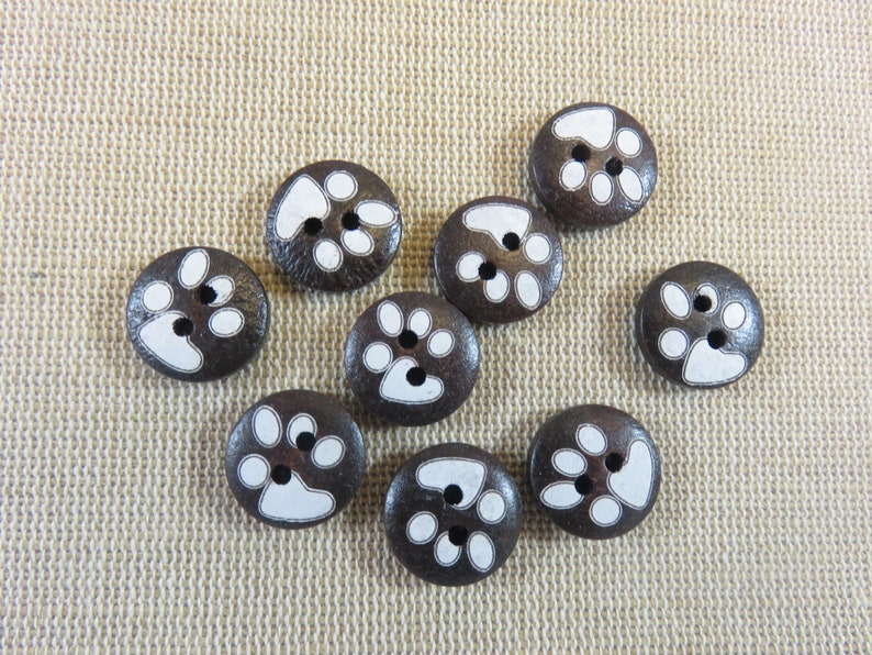 10 White Black Cat and Mouse x 15 mm Wooden Buttons Buttons Kids Ki106a
