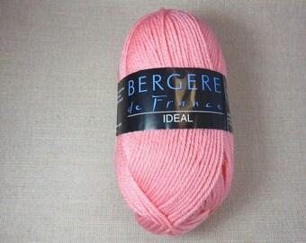 Yarn wool, wool Bergère de France, pink wool, acrylic worsted yarn, knitting, crochet, pink ball, model ideal creation works