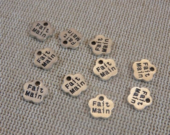 15 Engraved Flower Charms Made-Main 8mm silver metal - set of 15 pendants for making jewelry