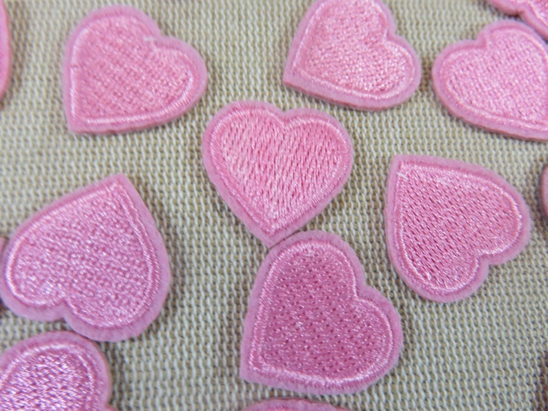 A thermostick heart patch  set of 2 embroidered heart image 0