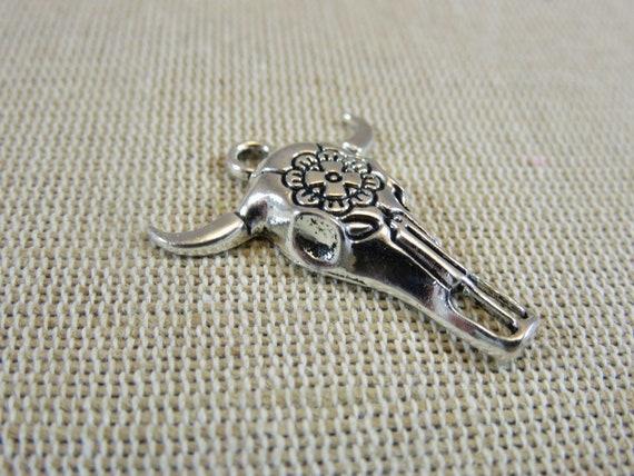 43mm silver metal buffalo head pendant with bead 3D horn horn crane pendant