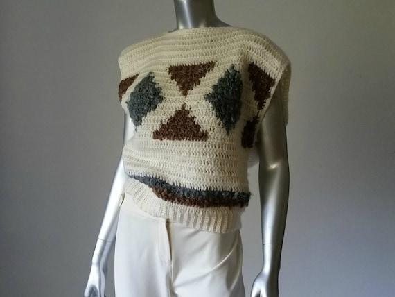 1980s Vintage Chunky Crochet Sweater Vest Intarsi… - image 8
