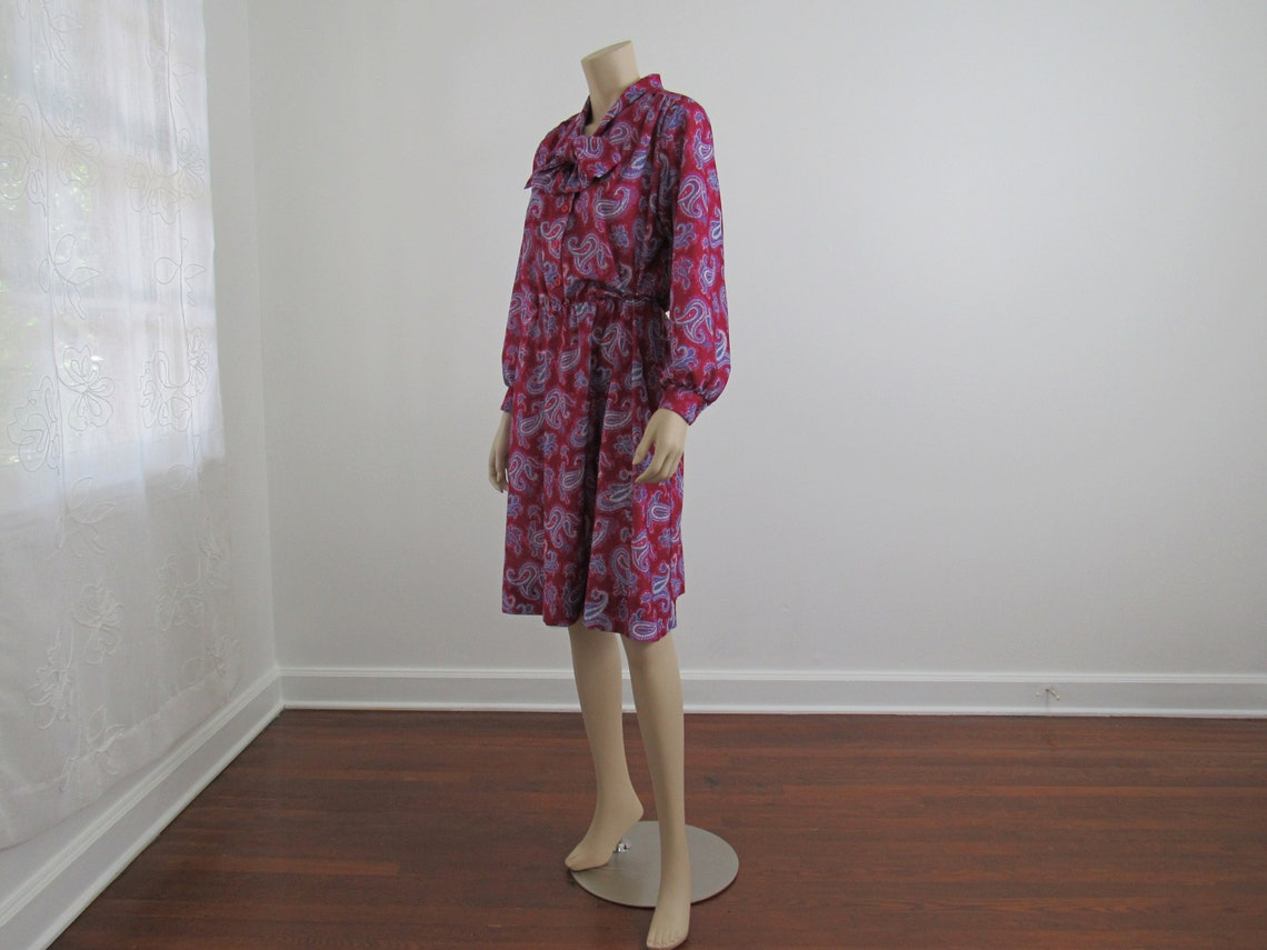 1980s Vintage Paisley Bishop Sleeve Dress Tie Neck Magenta