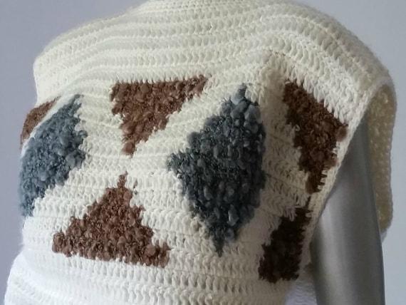 1980s Vintage Chunky Crochet Sweater Vest Intarsi… - image 3