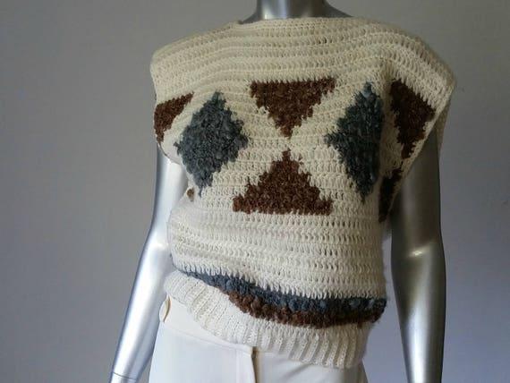 1980s Vintage Chunky Crochet Sweater Vest Intarsi… - image 5