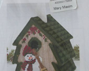 Plastic Canvas SNOWMAN Tree TISSUE BOX Cover Kit Mary Maxim 17886 Sealed