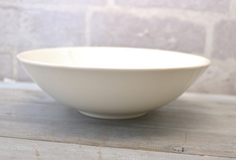 Canonsburg Dura Gloss Pottery Circa 1960 Temporama 18.75 inch serving  vegetable bowl Mid Century dinnerware dishes