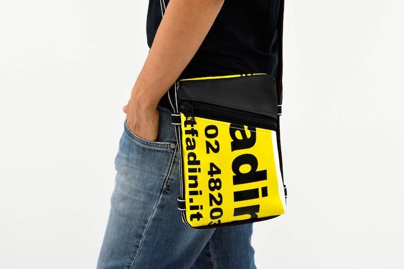 Men's purse // shoulder bag with key chain // BeesBag Slim Giallo scritto+Nero