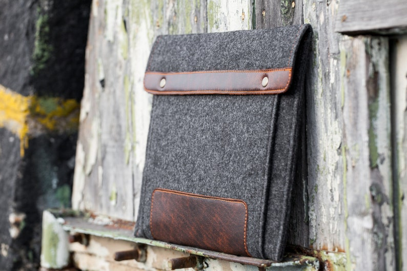 Dark Felt iPad Pro Case with extra felt pocket and leather. image 0
