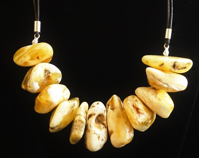 105g. Huge Natural Baltic Amber Bead Necklace, Butterscotch Amber Necklace, Chunky Amber Beads, White Amber Colour