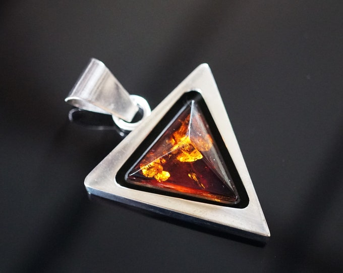 10,8g Baltic Amber Pendant/ Necklace,  Cognac Amber Pendant, Sterling Silver, E. Salwierz Design