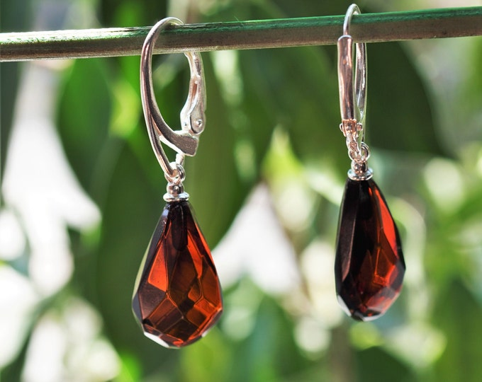 2,6g. Drop Amber, Cherry Cognac Baltic Amber Earrings, Dangle Amber Earrings, Genuine Amber, Not Modified Amber