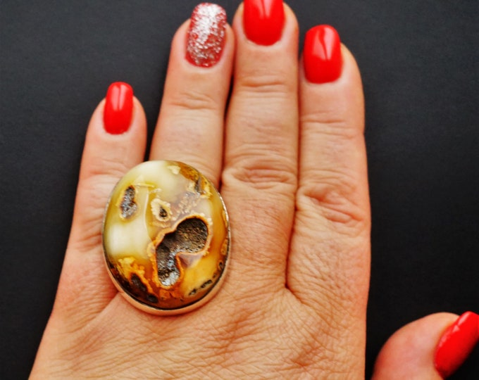 23,2g. Original, Artistic Marble Amber Ring, Unique Amber Ring, Oversized Amber Ring