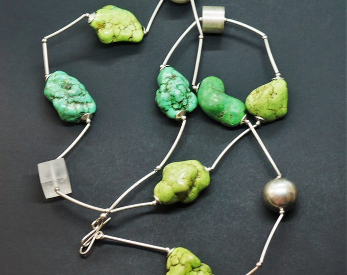 78,2g Handmade Sterling Silver Green Howlite Necklace