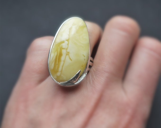 15,6g. Unique Baltic Amber Ring, White Amber Ring
