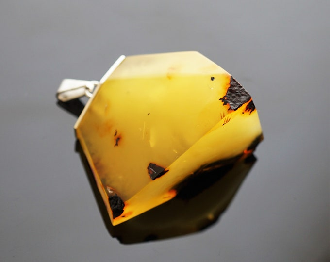 37,7g Large Baltic  Amber Pendant, Sterling Silver Baltic Amber Pendant, Butterscotch Amber, Egg Yolk Amber, Male Pendant, Unisex Pendant