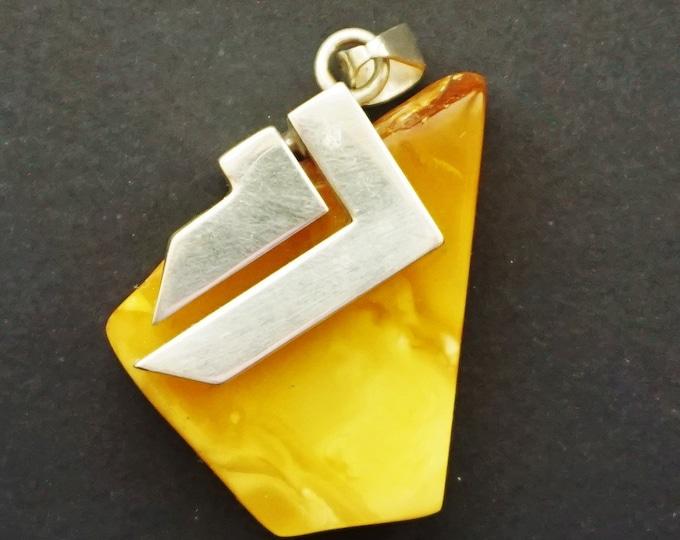 20,4g Butterscotch Baltic Amber Pendant, E. Salwierz Design