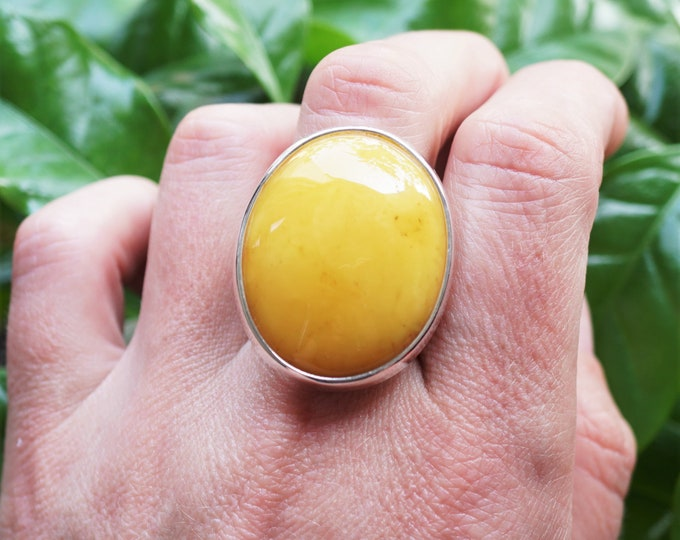 11,5g. Large Butterscotch Baltic Amber Ring, Oval Amber Ring, Adjustable Ring