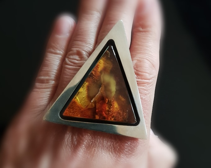 28g E. Salwierz  Baltic Amber Ring, Huge Ring, Artistic Jewellery, Cognac Amber Ring, Triangle, Triangular Ring