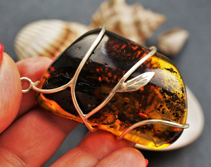 34,2g Genuine Baltic Amber Pendant, Natural Amber Pendant, Handmade Pendant