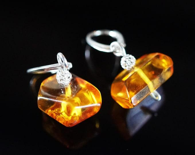 4,4g. Genuine Yellow Cognac Baltic Amber Earrings, Sterling Silver