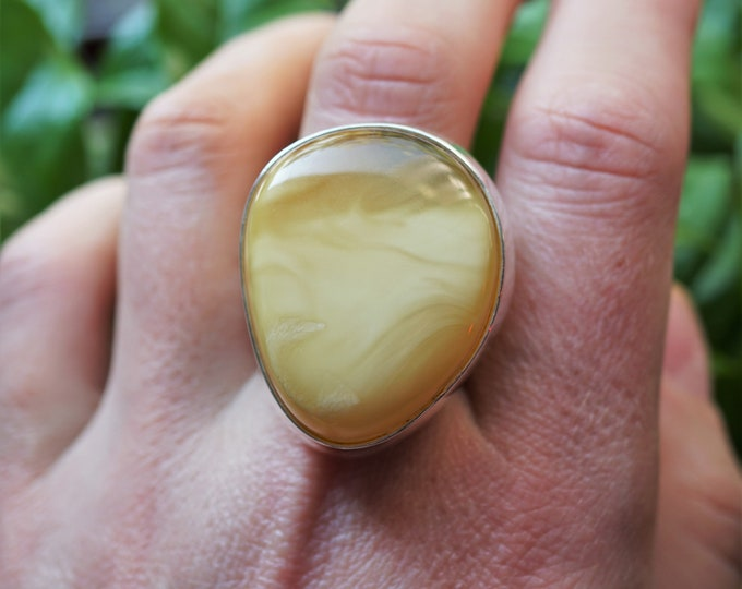 14,3g Large Milky  Butterscotch Baltic Amber Ring, Sterling Silver, Adjustable