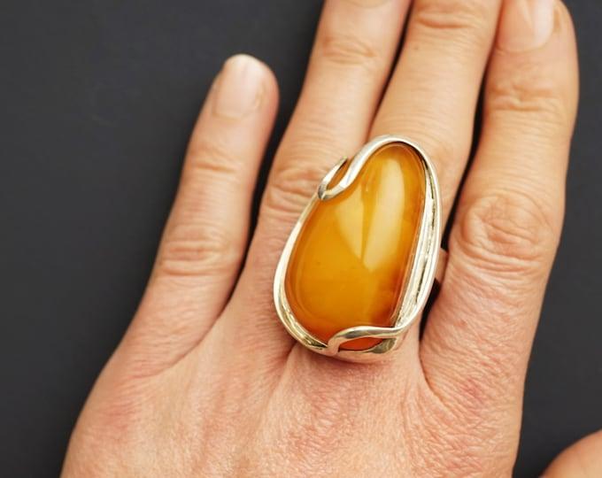 22.1g. Baltic Amber Ring