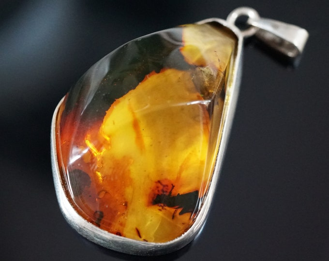 25g Large Baltic  Amber Pendant, Sterling Silver Baltic Amber Pendant, Yellow Amber