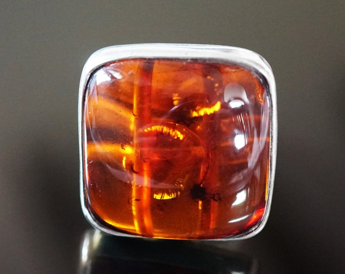11.5g. Baltic Amber Ring, Cherry Amber Ring, Square Amber Ring