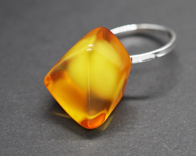3g Handmade Baltic Amber Ring, Amber Sterling Silver Ring, Yellow Amber Ring