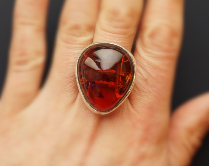 12g. Baltic Amber Ring, Cherry Amber Ring, Genuine Amber Ring, Adjustable Ring